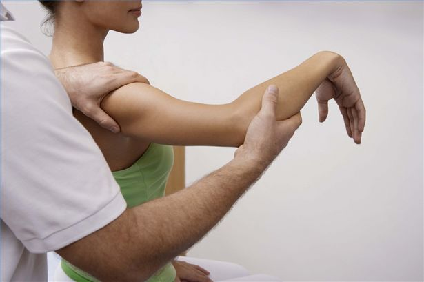 What Techniques Can Chiropractors Use For Shoulder Pain?